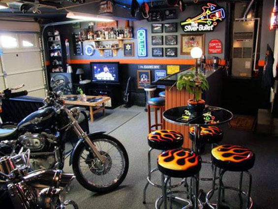 garage-harley-man-cave-motorcycle