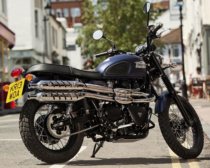 Triumph-900-scrambler-2014-700px