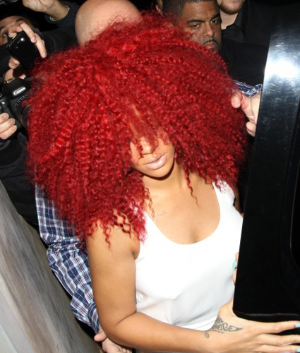 red-afro-Rihanna